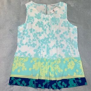 New York & Company Floral Pleated Tank